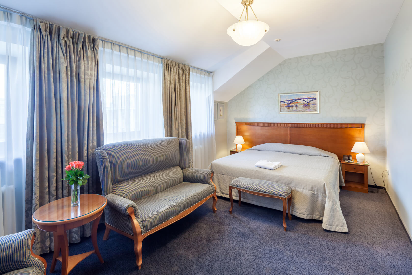 A 20% discount if booking 3 nights